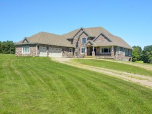 Stillwater, MN – Wheelchair Accessible Luxury Home for Sale!