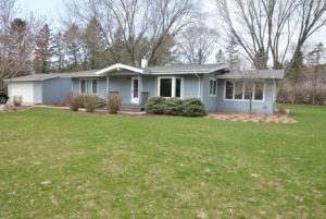 One-level main floor living home for sale in Afton, MN