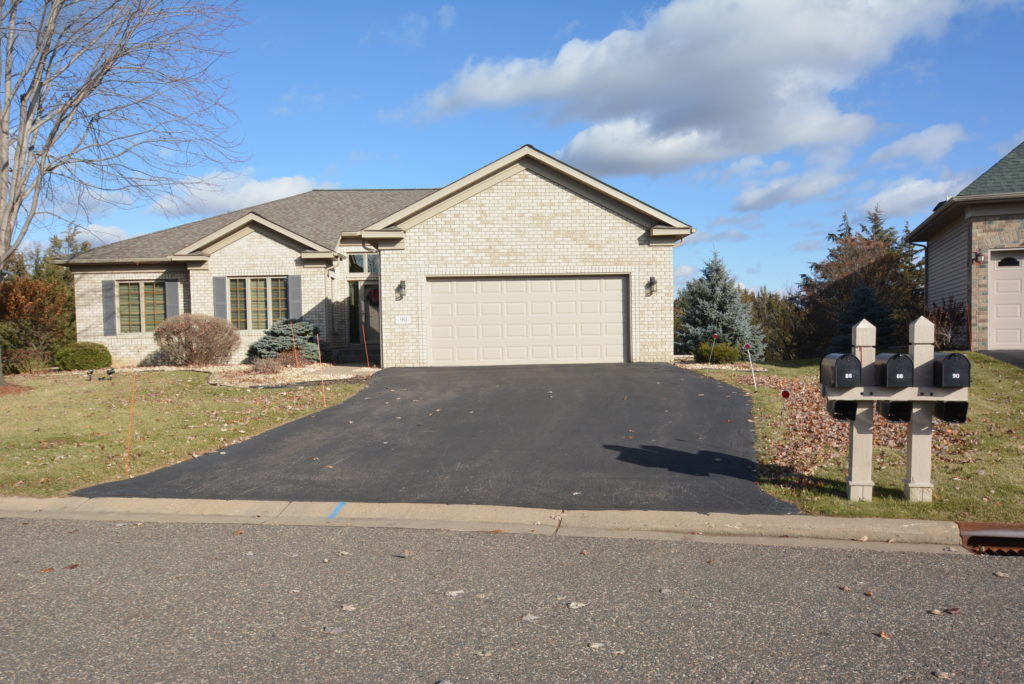 One-level main floor living for sale in Red Cedar Canyon, Hudson WI